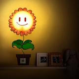 Đèn ngủ + đề can dán tường nhiều hình ngộ nghĩnh