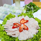 Bánh tráng nước cốt dừa Bình Định cuốn thịt heo