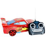 Ô tô McQueen điều khiển