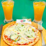 Set ăn Pizza ngon kèm đồ uống tại Pizza Plus