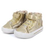 Giày sneaker Việt Nam xuất khẩu