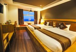 Seasing Boutique Hotel 3,5 sao Nha Trang 3N2D  - Deluxe Seaview - Có bãi biển riêng