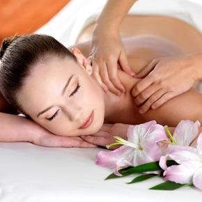 Massage body  tại Chi Bảo Spa