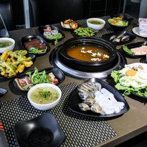 Set ăn đồ nướng + Lẩu Miso tại NH Sumo Boy