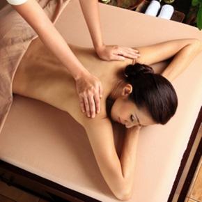 Xông hơi, massage body thư giãn kiểu Thái