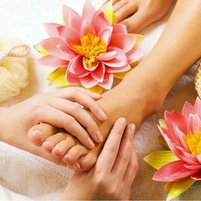 Foot Massage giúp lưu thông khí huyết