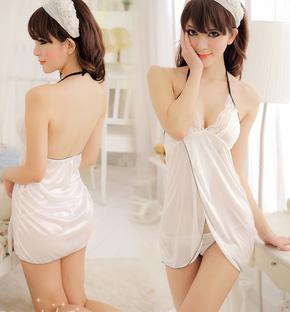 Quyến Rũ Với Váy Ngủ
