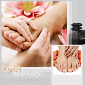 Massage chân chườm ngải cứu đá nóng