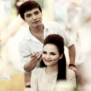 Học trang điểm xinh như hotgirl Chi Pu + Hạnh Sino