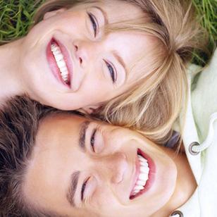 Lấy cao răng và hàn răng tại Nha khoa Việt Đức