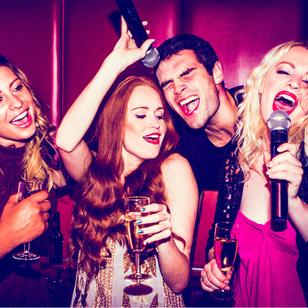 Karaoke trọn gói tại Luxury Xã Đàn