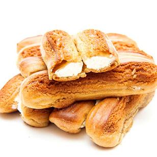22 Bánh Su Kem Socola Nhân Phô Mai