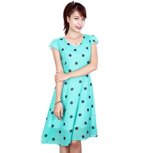 Váy chiffon chấm bi xanh dáng xòe