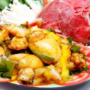 Lẩu bò nhúng dấm hoặc lẩu ếch măng chua đặc sản tại Hồ Chí Minh