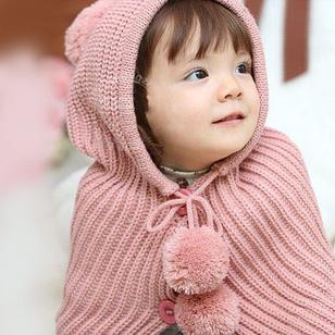 Mũ liền khăn ấm áp cho bé yêu ngày lạnh