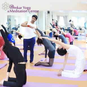 Khỏe Đẹp, Năng Động Cùng HLV Yoga Chuyên Nghiệp Ấn Độ