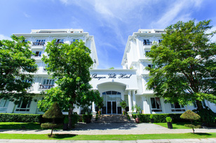 "Paragon Villa Hotel 3 sao Nha Trang - ""Tôn vinh phút giây thư giãn"""