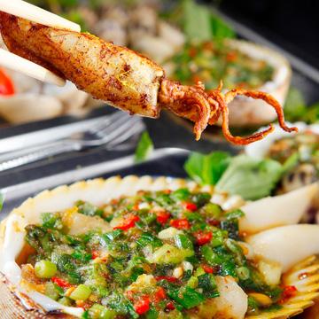 Thưởng thức Khay hải sản Nha Trang hấp dẫn
