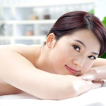 Tắm trắng thảo dược kết hợp máy hồng ngoại