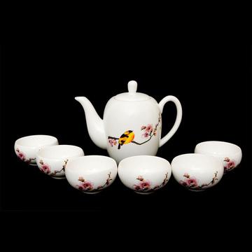 Bộ ấm trà cho tiệc trà ấm áp