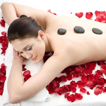Chăm sóc da mặt hoặc Massage body đá nóng