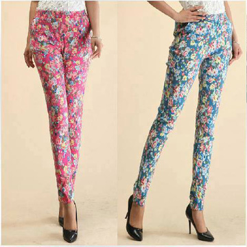 2 quần legging hoa bắt mắt