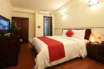 Khách sạn Charming 2 Hà Nội - 5 phút tản bộ đến hồ Hoàn Kiếm tại Hồ Chí Minh
