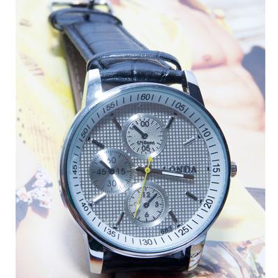 Đồng hồ nam mặt tròn cá tính