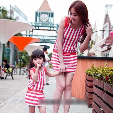 Đầm đôi cho mẹ và bé gái