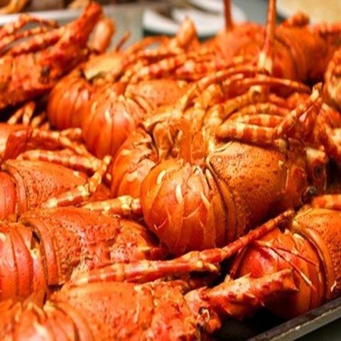 Buffet Tôm hùm Hải sản cao cấp tại Nhà hàng BIỂN ĐÔNG - Chỉ với 299.000đ