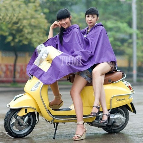 Áo mưa Tumi 2 đầu tiện dụng cho bạn