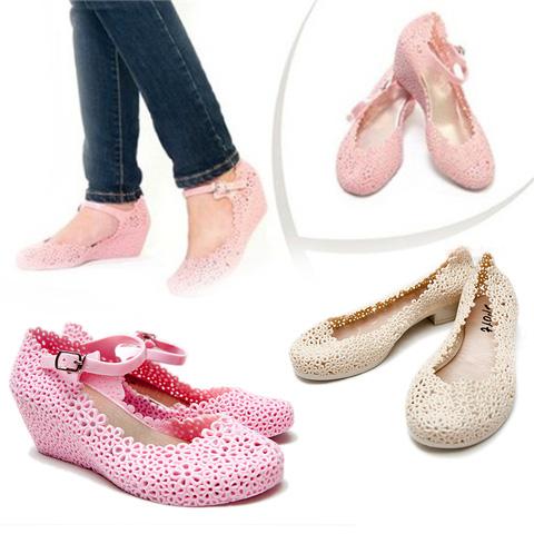 Giày nhựa cho nữ, có thể đi mưa