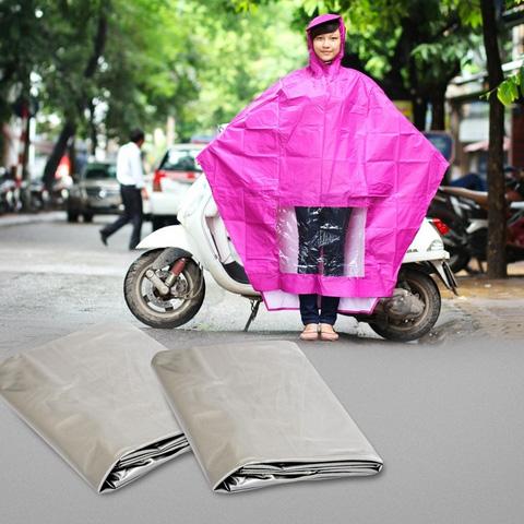 Không lo bị ướt với combo 2 áo mưa cánh dơi