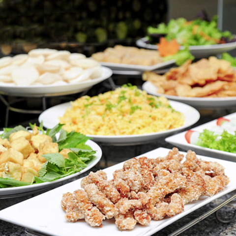 Buffet trưa nhà hàng Rosso-Đại siêu thị Lotte Mart
