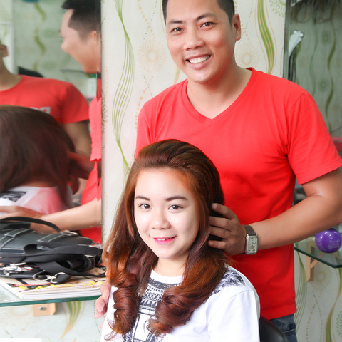 UốnDuỗiNhuộm + cắt tóc tặng hấp dầu