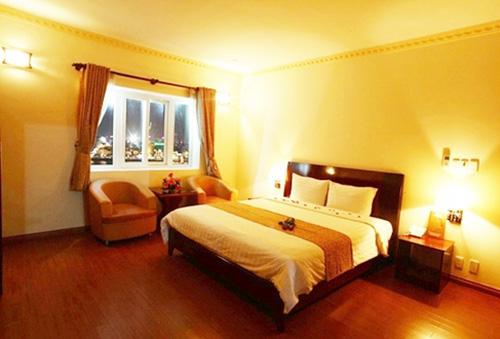 Khách sạn 3* quốc tế Trendy, bên bờ Đông của sông Hàn thơ mộng. Phòng Superior cho 2 người kèm ăn sáng. Chỉ 400.000đ/đêm