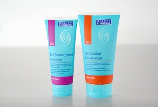 Kem dưỡng chống nhờn & bóng da Beauty Formulas + Sữa rửa mặt chống nhờn da Beauty Formulas - Chỉ với 89.000đ/2 túyp