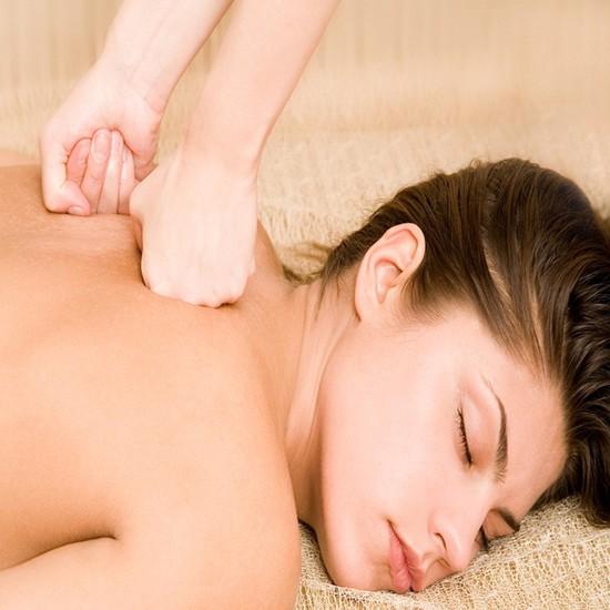 Massage toàn thân với tinh dầu hướng dương Phong cách châu âu tại Spa Hoa Trà Xanh - Chỉ 90.000đ