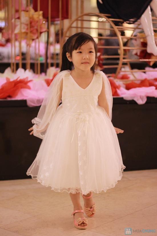 Vay cong chua cho be Giúp bố mẹ tìm chọn váy trẻ em thật là xinh cho bé con