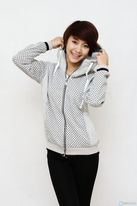 Nữ tính và sành điệu với áo khoác chấm bi xinh xắn dành cho bạn gái - Chỉ 141.000đ/01 chiếc - 2