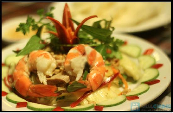 Set ăn 7 món: bánh mì cuộn cá chiên, gỏi thơm tôm thịt... trên du thuyền 5 sao Indochina Junk. Chỉ 290.000đ/ 01 - 5