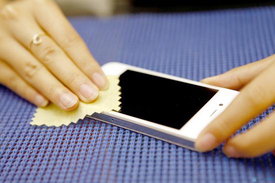 Màng thủy tinh siêu chống xước cho điện thoại, máy tính bảng - Chỉ với 140.000đ - 2