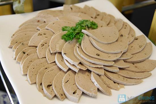 Thưởng thức buffet trưa với hơn 60 món tại nhà hàng Quê Hương. Chỉ 140.000đ/ 01 người - 10