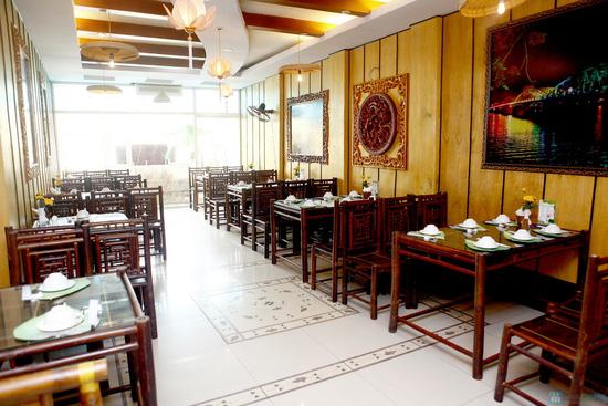 Món ăn đậm đà xứ Huế tại Nhà hàng Trăng Vĩ Dạ. Chỉ 98.000đ/02 người - 2