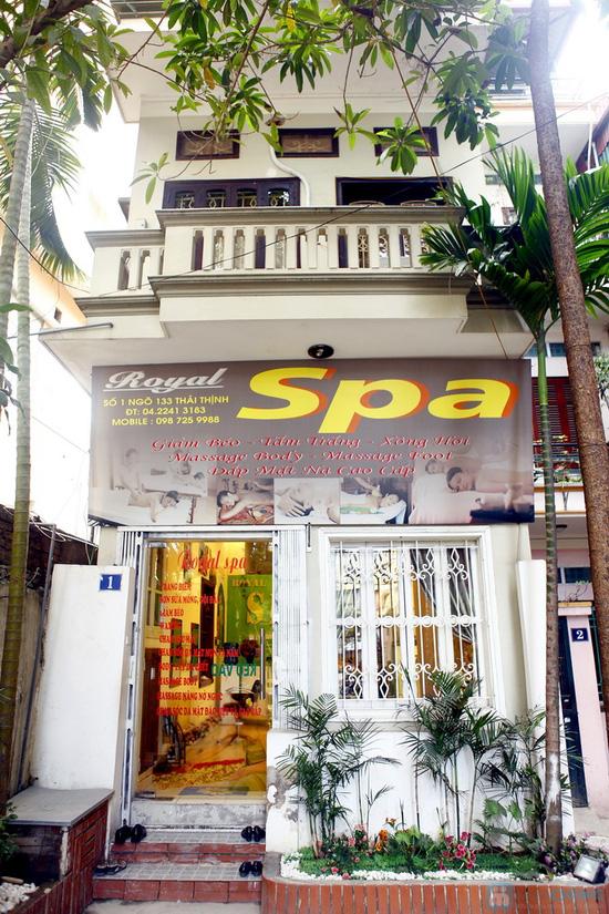 Tận hưởng gói Massage chân tại ROYAL Spa - Chỉ với 75.000đ - 1