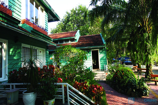 Thoải mái nghỉ dưỡng tại khu du lịch sinh thái V-Star Resort Hòa Bình. Phòng Deluxe cho 02 người kèm ăn sáng - Chỉ 385.000đ/đêm - 7