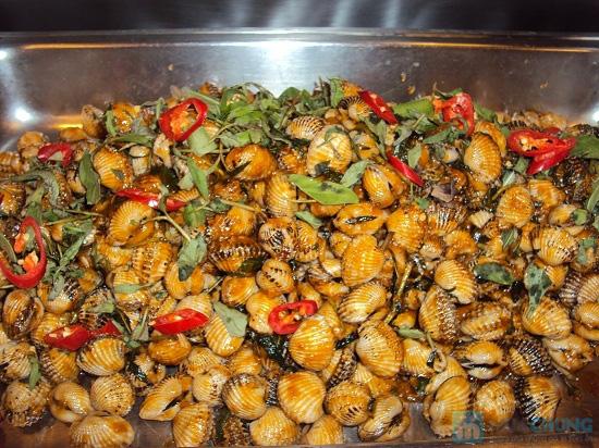 Buffet tối (2, 3, 4, 5) với các món Âu, Việt, Thái tại Nhà hàng Toppers - Chỉ 198.000đ/ 01 người - 1