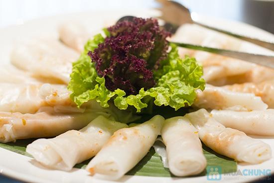 Buffet dinner seafood tại nhà hàng La Mezzanine- Chỉ với 401.000đ/ 01 người - 2