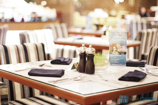 Buffet dinner seafood tại nhà hàng La Mezzanine- Chỉ với 401.000đ/ 01 người - 30