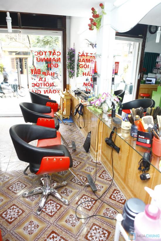 Chọn 1 trong 3 gói dịch vụ cắt + nhuộm - cắt + uốn - cắt + uốn Thuốc tại Salon Hoàng - Chỉ với 280.000 đ - 4